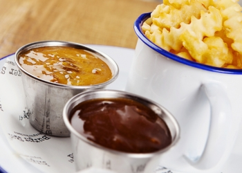 Shed curry sauce & Shed gravy